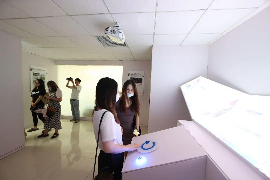 美创新闻 长沙师范学院学生在美创展开交流学习!